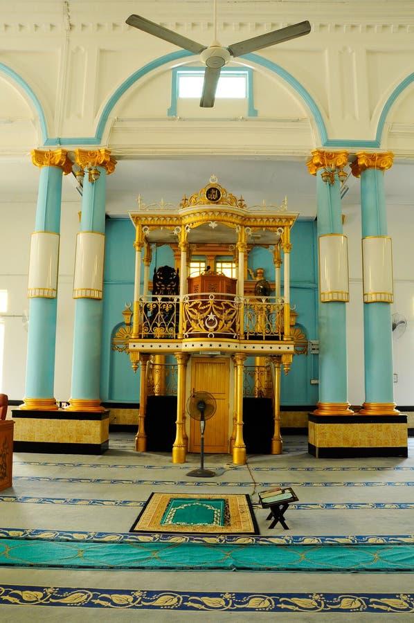 Mimbar av Sultan Ibrahim Jamek Mosque arkivfoto