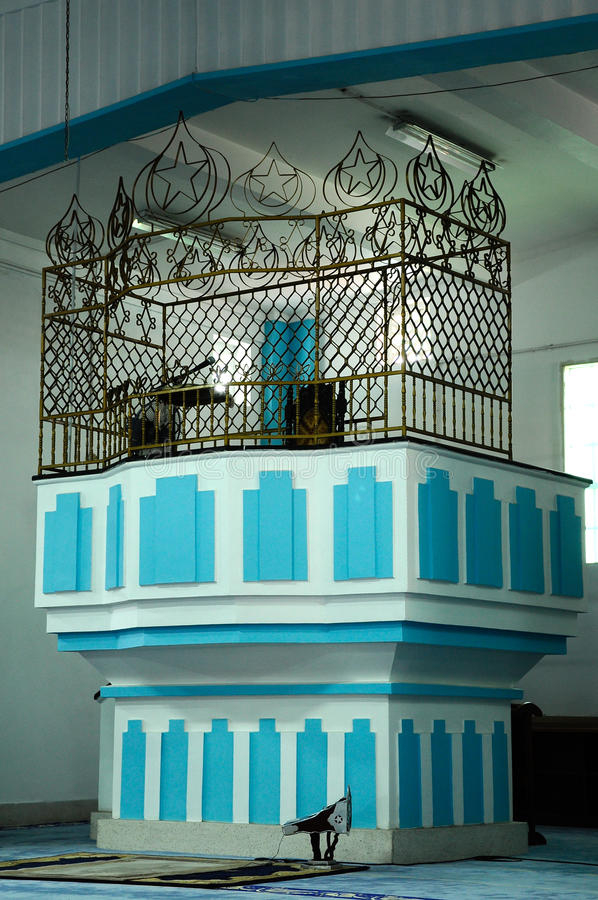 Mimbar di Masjid Jamek Dato Bentara Luar in Batu Pahat, Johor, Malesia immagini stock libere da diritti