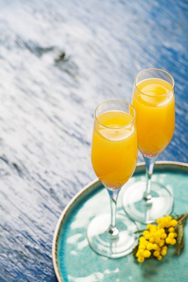 Mimosacoctail royaltyfri fotografi
