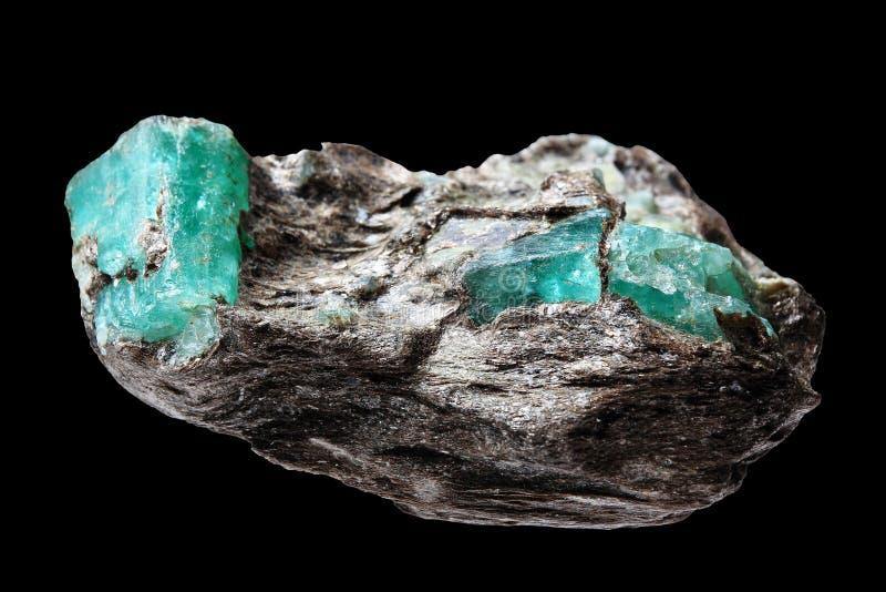 Minério com esmeraldas fotografia de stock