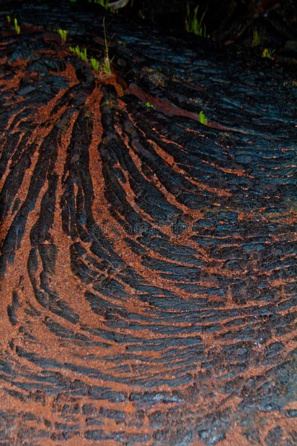 Minério de ferro na lava na ilha grande fotos de stock