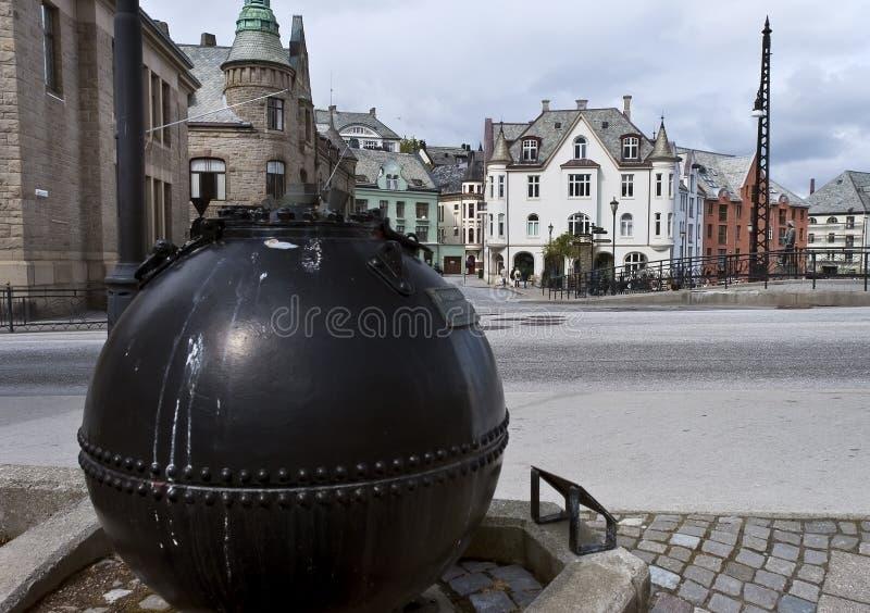 A mina da Primeira Guerra Mundial em Alesund, Noruega fotos de stock royalty free