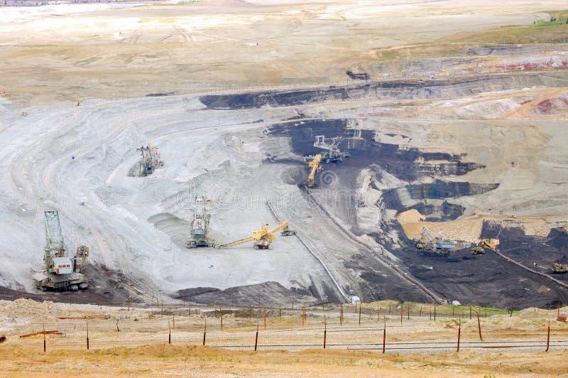 Mina de carbón con el lignito fotografía de archivo