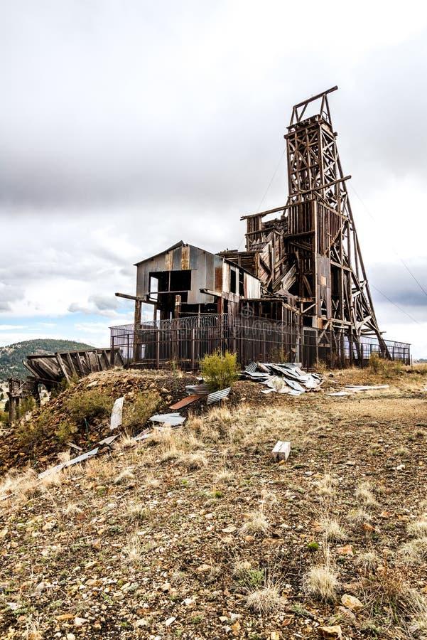 Mina de ouro histórica no vencedor Colorado imagens de stock