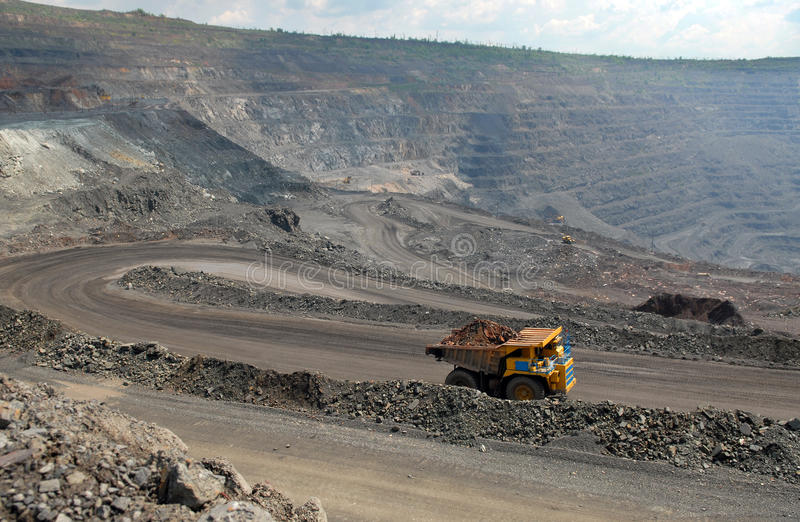 Mina do minério de ferro fotos de stock