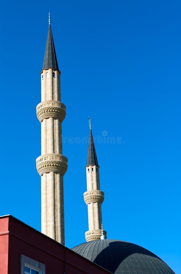 Minaret av moskén royaltyfria foton