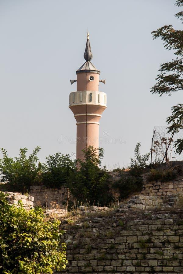 Minaret des mosquées de tabouret en vue photographie stock libre de droits
