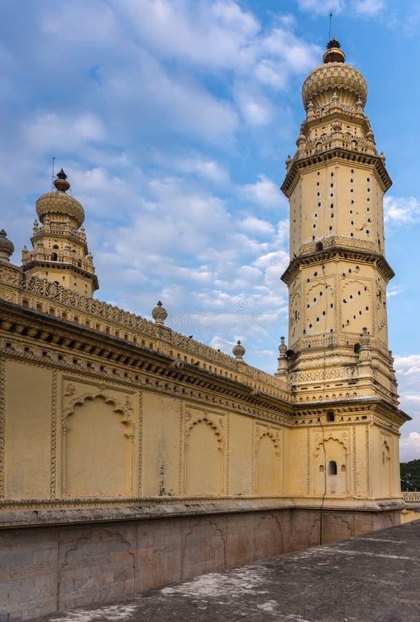 Minaret et mur de mosquée de Jamia Masjid, Mysore, Inde photos stock