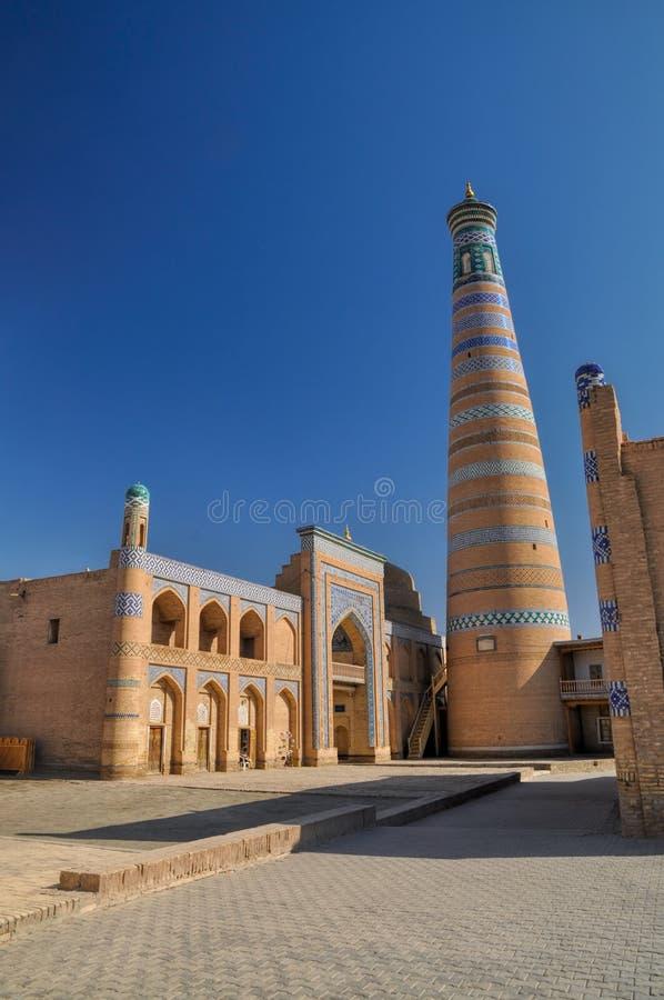 Minaret i Khiva royaltyfri bild
