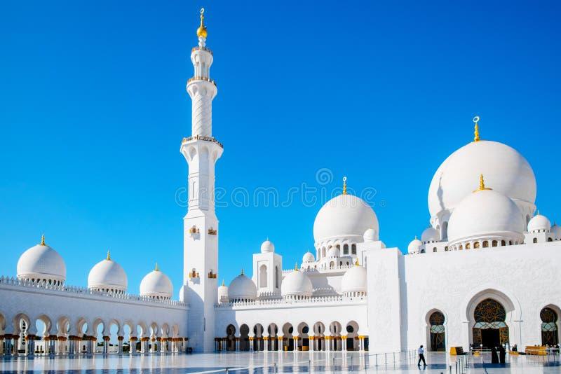 Minaret i kopuły Sheikh Zayed Uroczysty meczet fotografia stock
