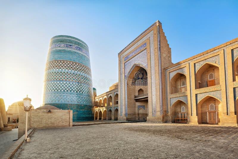 Minaret mineur de Kalta dans Khiva, l'Ouzbékistan photos libres de droits