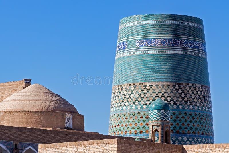 Minaret mineur non fini de Kalta chez Ichan Qala - Khiva, l'Ouzbékistan photo libre de droits