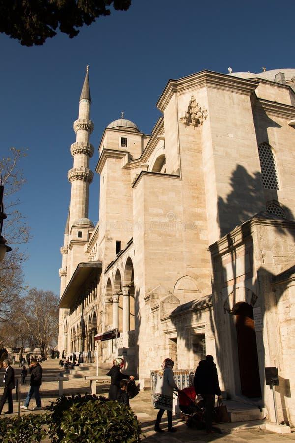 Minaret Osmańscy meczety w widoku obraz stock