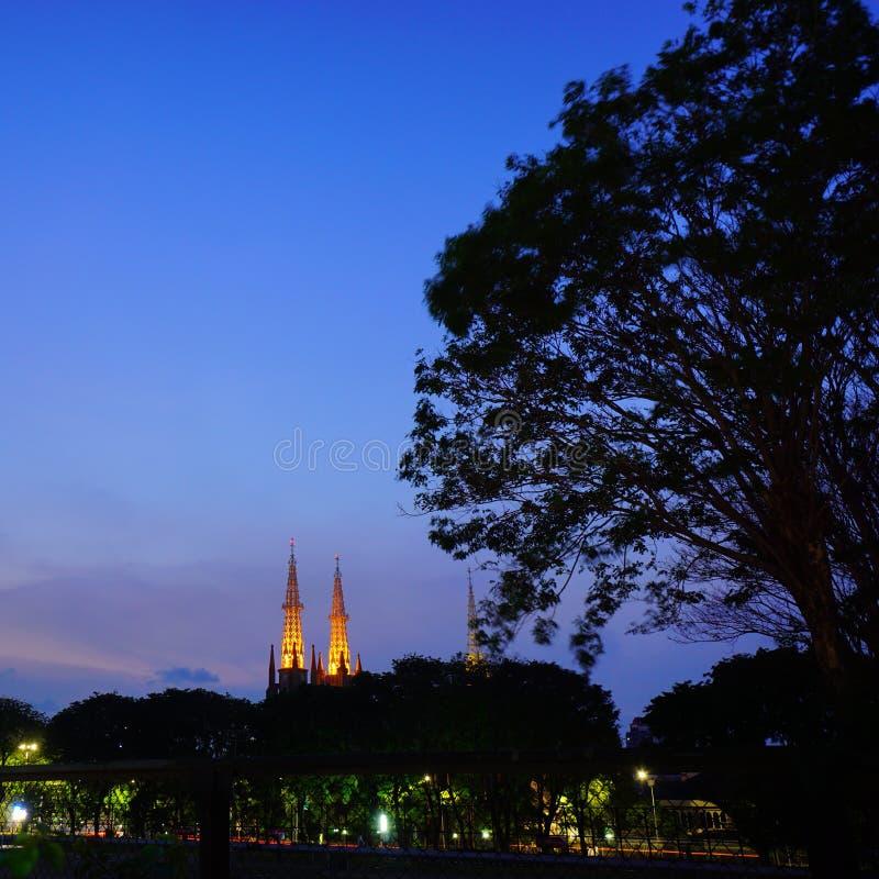 Minaret två av den Jakarta domkyrkan royaltyfria bilder