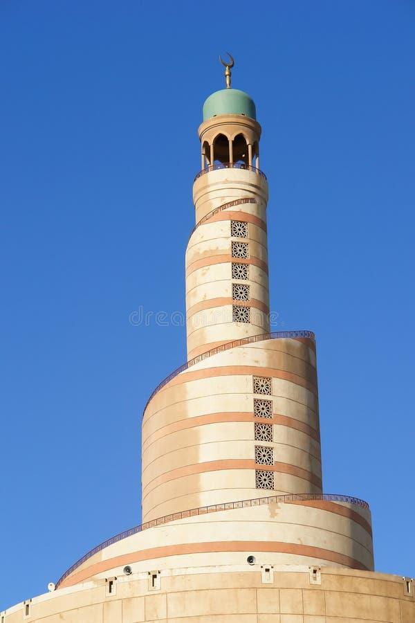 Minaret van Islamitisch centrum in Doha Qatar royalty-vrije stock afbeelding