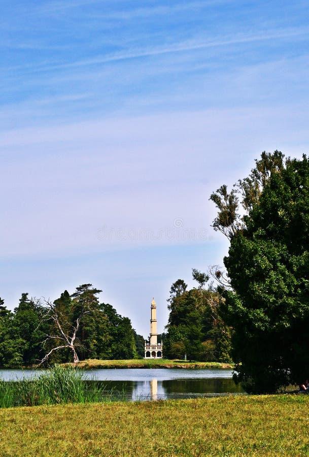 Minaret w parku Lednice pałac zdjęcia stock