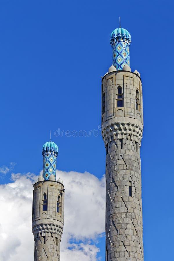Minaretes do mosaico da mesquita da catedral em St Petersburg, Rússia fotos de stock royalty free