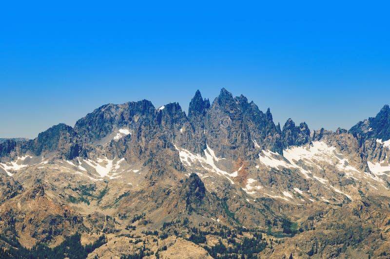 Minarets de chaîne de Ritter près des lacs gigantesques photos stock