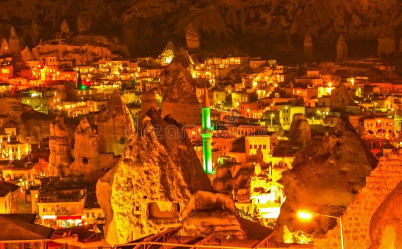 Minarettnacht Goreme, Landschaft Cappadocia stockbilder