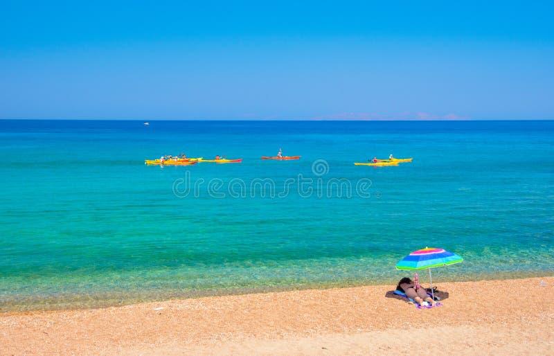Minas do enxofre e praia abandonadas, Milos ilha, Cyclades fotografia de stock royalty free