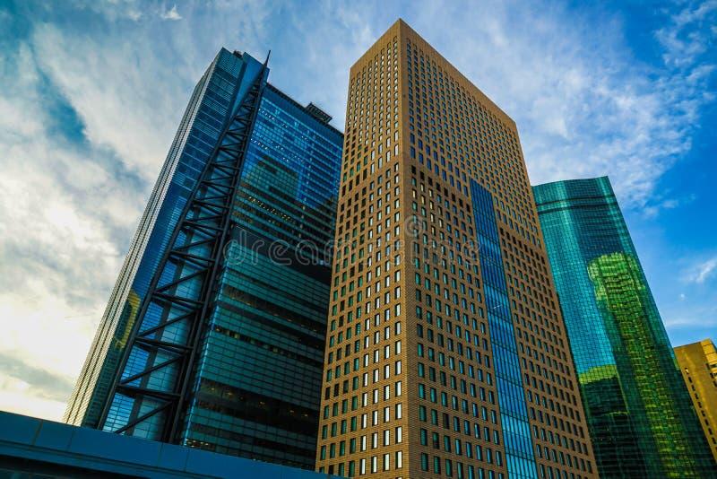 Minato-ku et groupes de bâtiments de Shiodome photographie stock libre de droits