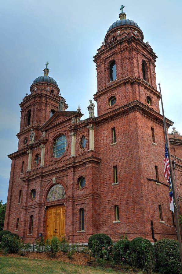 Minder belangrijke Basiliek van St Lawrence Asheville North Carolina stock foto's