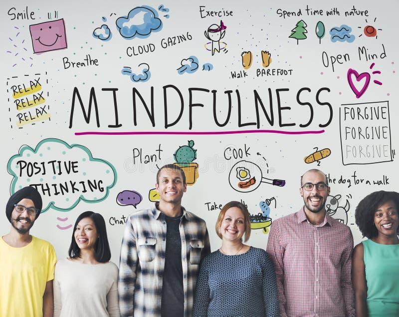 Mindfulnessoptimism kopplar av Harmony Concept royaltyfria bilder