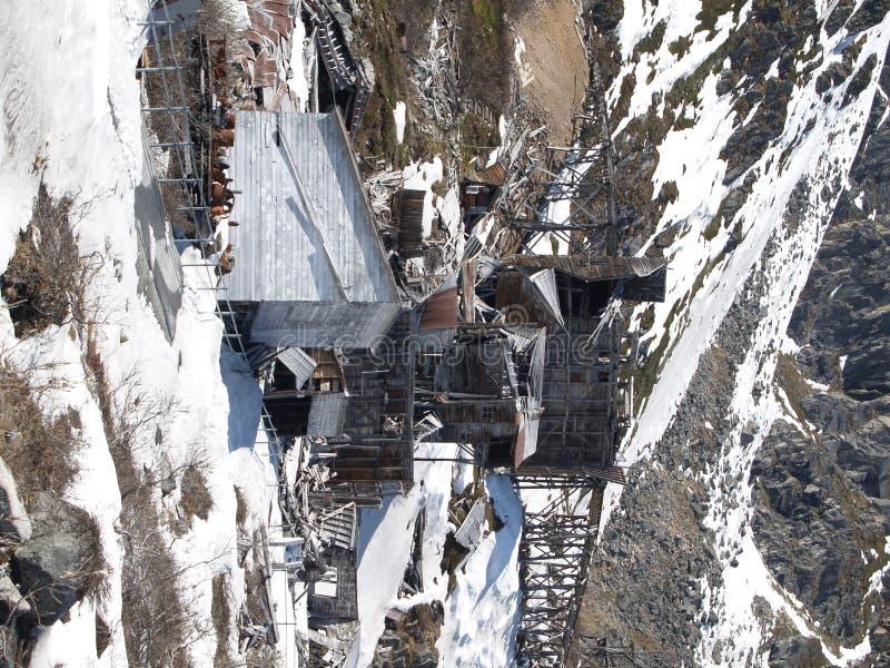 mine d'or d'Alaska abandonnée image stock