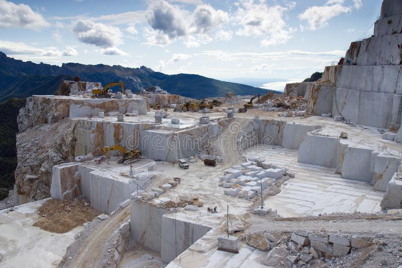 Mine de marbre Carrare Italie photos libres de droits