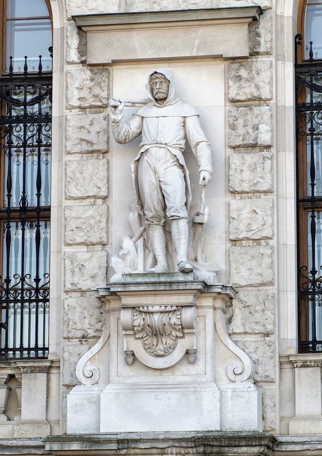 Mineiro por Werner David, pelo Burg de Neue ou pelo New Castle, Viena, Áustria foto de stock royalty free