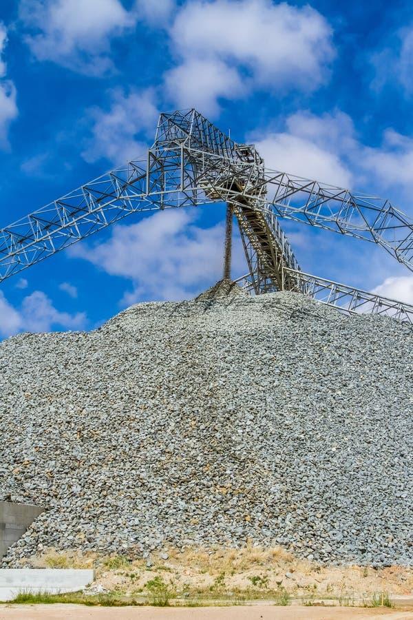 Mineração da platina e processamento do minério imagens de stock