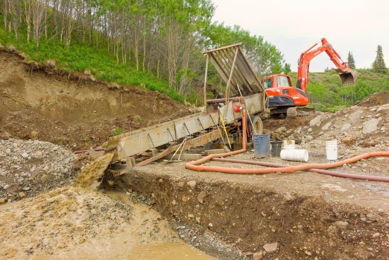 Mineração de Placer nos territórios yukon fotos de stock royalty free