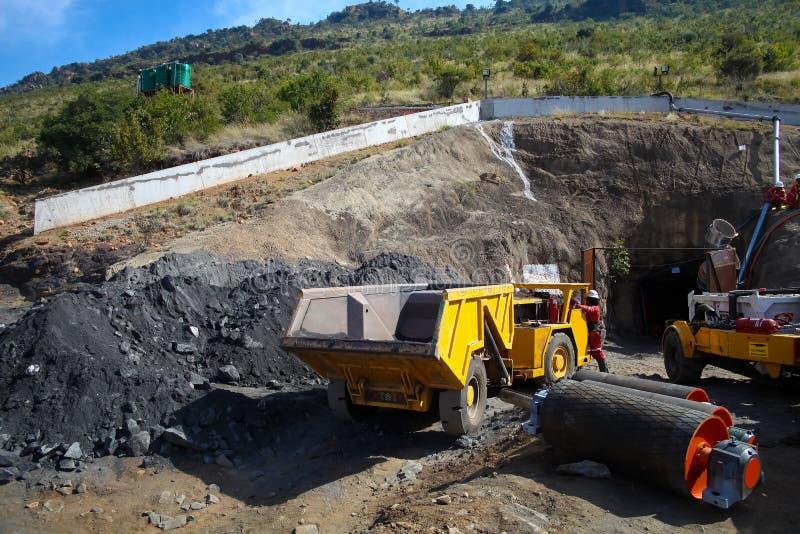 Mineração e equipamento do paládio da platina fotos de stock