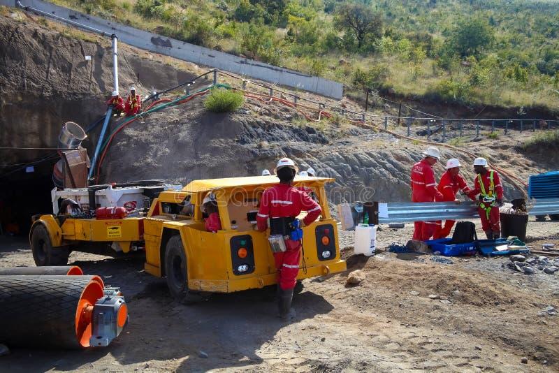 Mineração e equipamento do paládio da platina imagens de stock