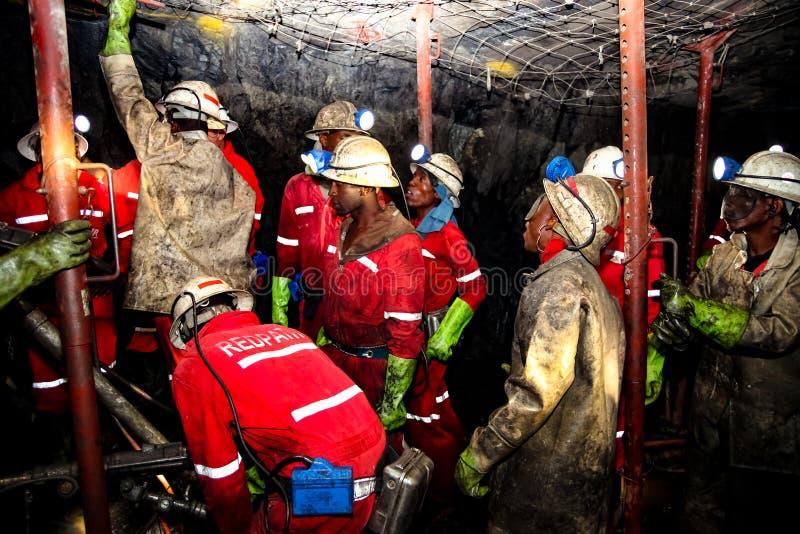 Mineração subterrânea e equipamento do paládio da platina fotos de stock royalty free