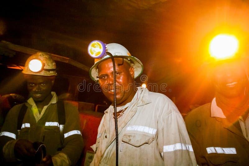 Mineração subterrânea e maquinaria do paládio da platina fotos de stock