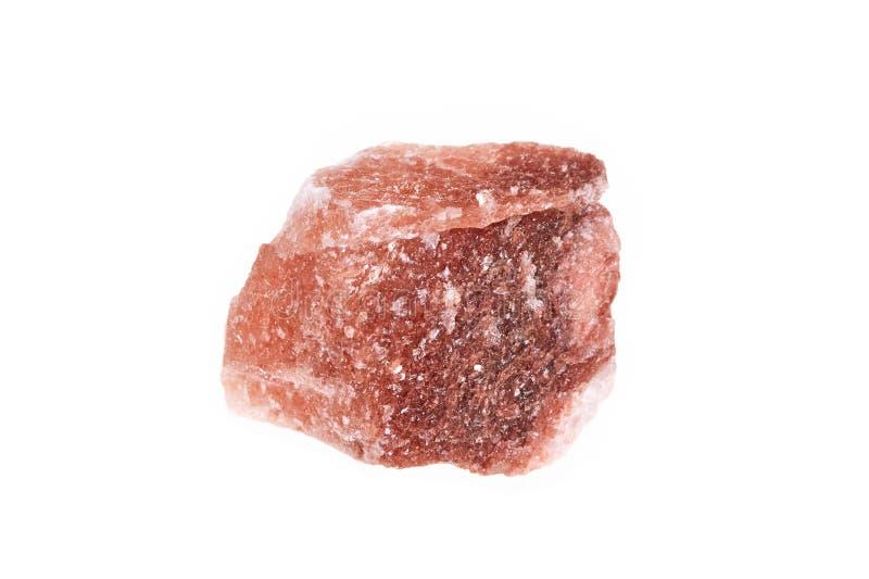 Mineraal die de steenzout van het Halitekristal, op witte achtergrond wordt geïsoleerd stock foto's