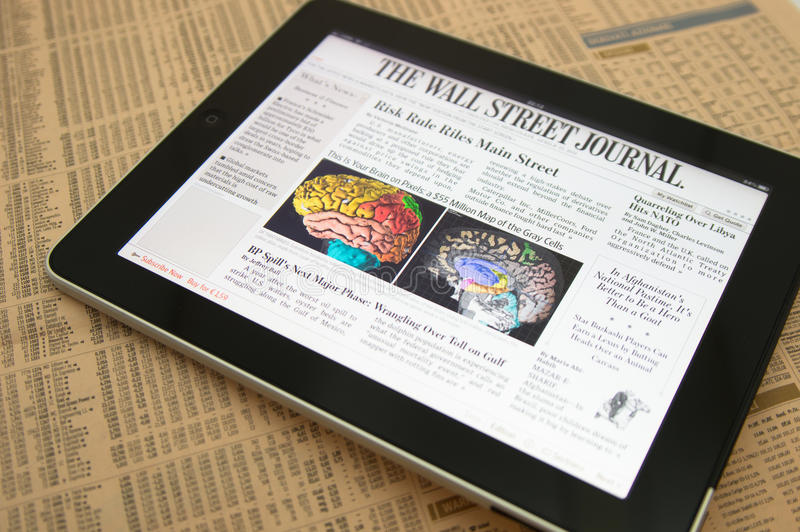 Mineral de la planta del pie 24 de Apple Ipad IL el Wall Street Journal fotografía de archivo libre de regalías