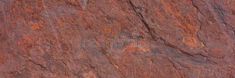 Minerale di ematite distrutto dalle circostanze climatiche fotografie stock libere da diritti