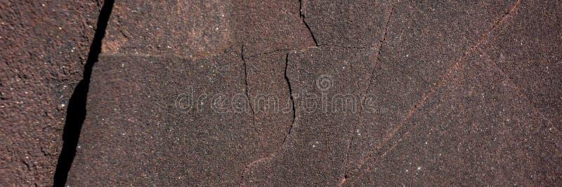 Minerale di ematite distrutto dalle circostanze climatiche immagine stock libera da diritti