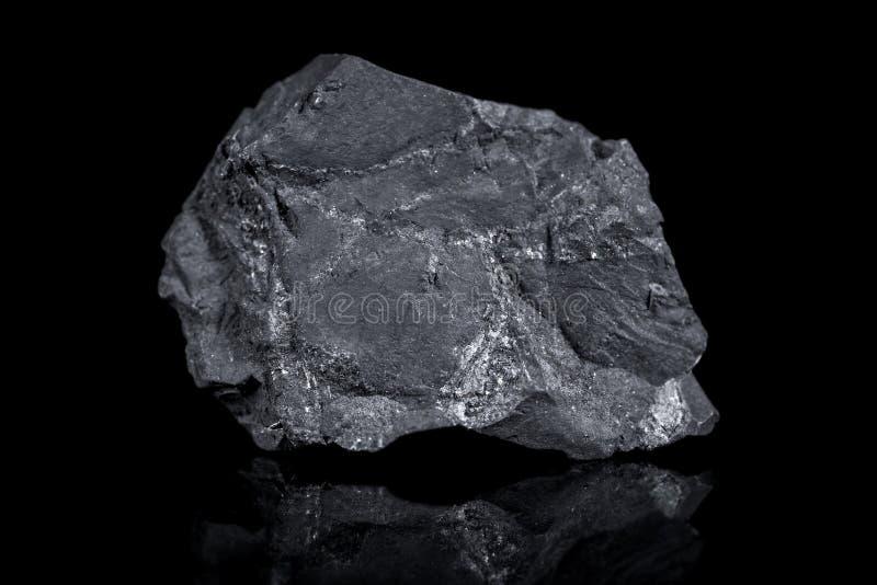 Minerale di Shungite, carbonio, protezione del biofield, telefoni cellulari fotografie stock libere da diritti