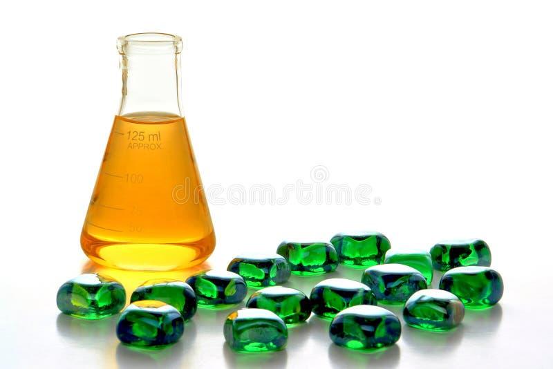 Mineralien und Chemikalien im Wissenschafts-Forschungs-Labor lizenzfreie stockbilder