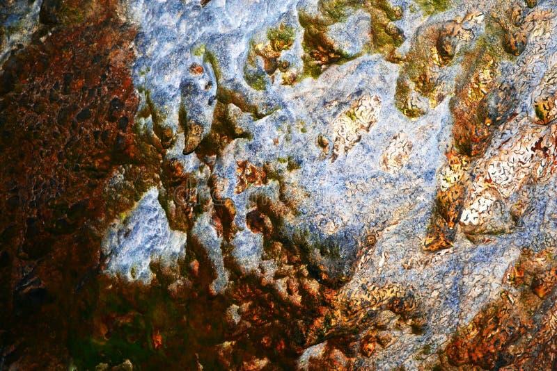 Mineralización de la pared de la cueva fotos de archivo