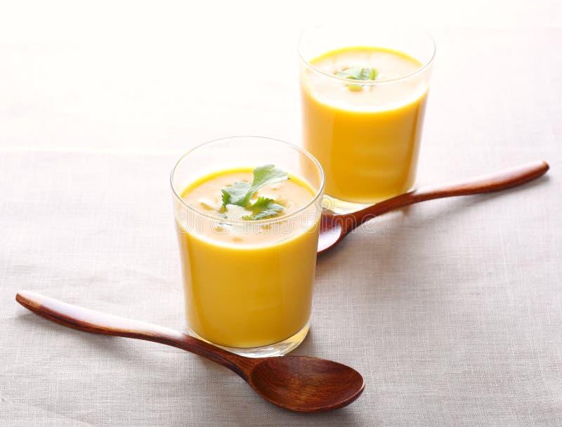 Minestra crema della carota immagini stock libere da diritti