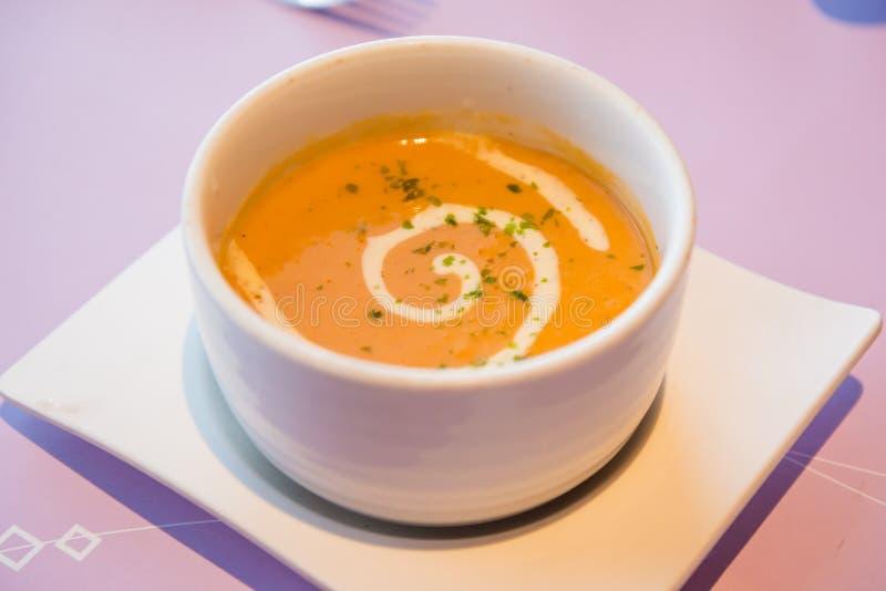 Minestra della zuppa di aragosta fotografia stock libera da diritti