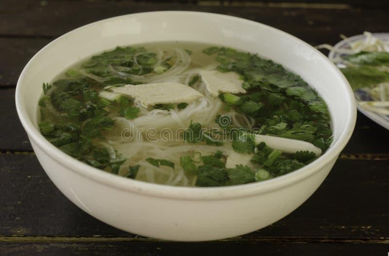 Minestra di pollo vietnamita di Pho GA immagini stock