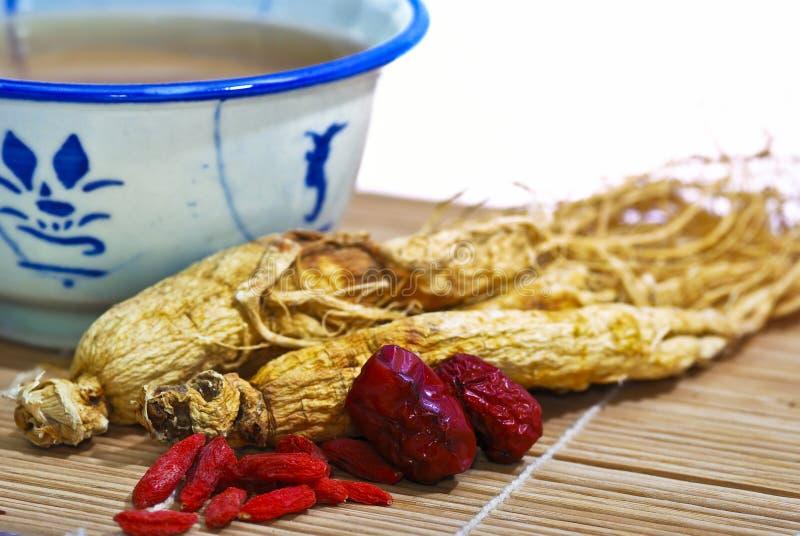 Minestra tradizionale 04 del Ginseng fotografie stock