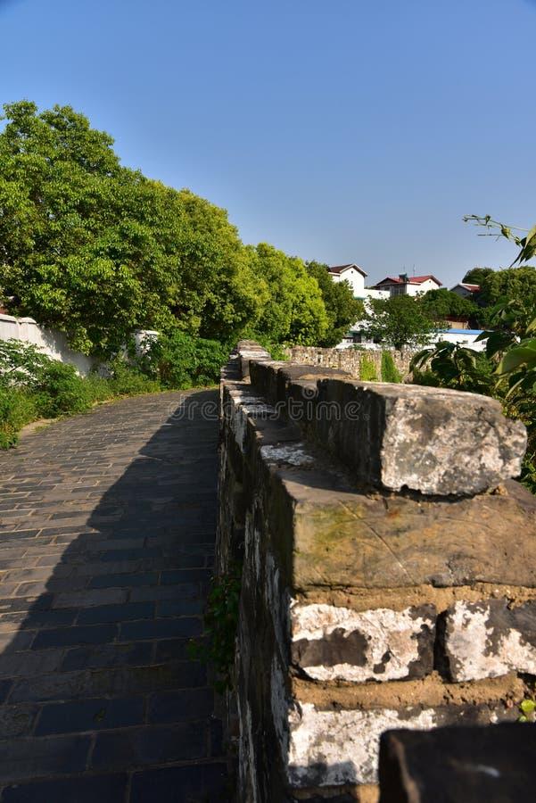 Download Ming Dynasty City Wall In De Lente Stock Foto - Afbeelding bestaande uit mega, dramatisch: 54086938