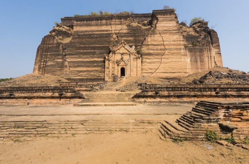 Mingun Pahtodawgyi Myanmar arkivbild