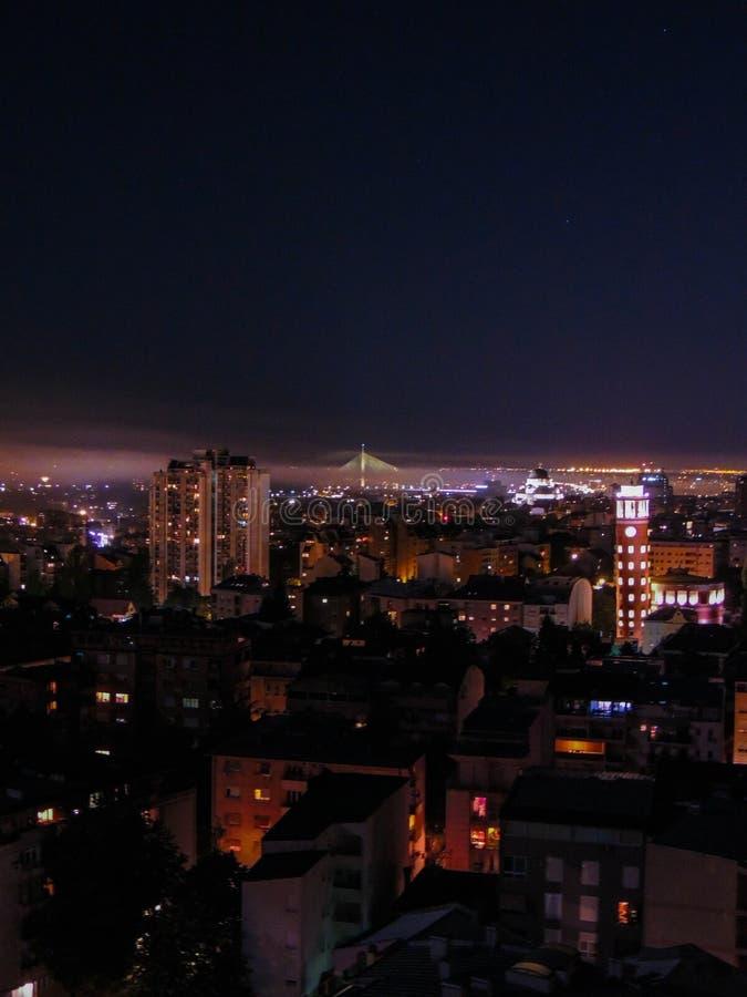 Minha cidade é melhor na noite fotos de stock